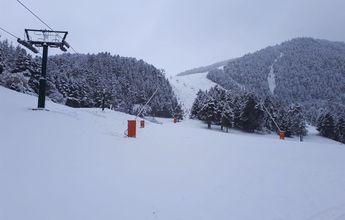 Varias estaciones de esquí empiezan a fabricar nieve artificial