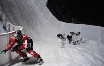 Derek Wedge construye un Ice Cross Downhill en Crans-Montana