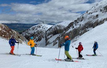 Tienes 2 opciones: esquiar GRATIS o esperar 6 meses!