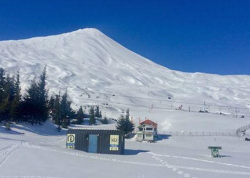 Abundante nieve en el Centro de ski Volcán Antuco