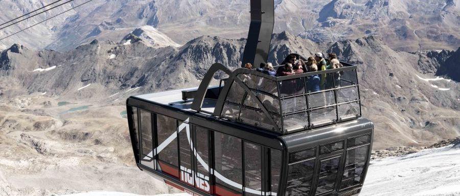 Tignes inaugura el tercer teleférico con terraza del mundo