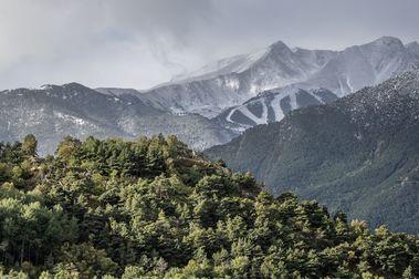 Varias estaciones de esquí del Pirineo podrían intentar abrir el 1 de Noviembre