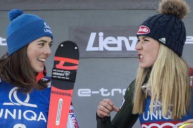 Mikaela Shiffrin deja fuera a Petra Vlhova en el segundo slalom de Lienz