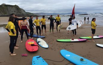 II Surf Camp de la RFEDI en Santander