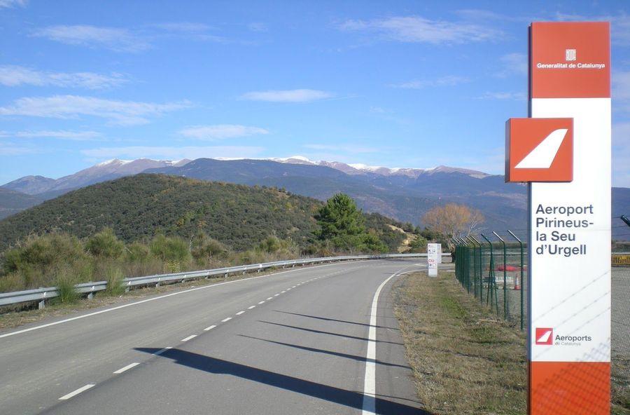 Cartel del aeropuerto de la Seu d'Urgell