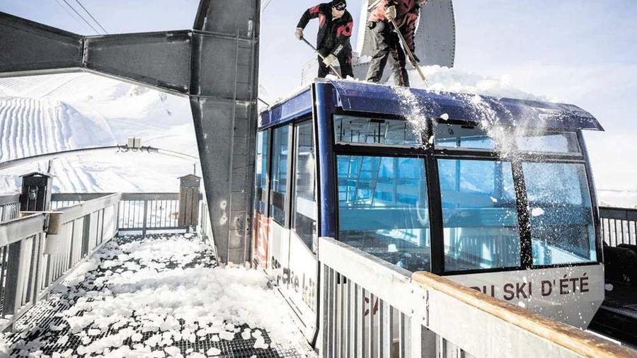 Ski d'ete a Compagnie des Alpes