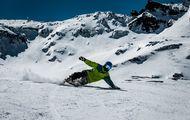 Sierra Nevada lanza su campaña de Forfait de temporada de esquí