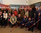 Pastores y esquiadores se cambian los bastones para iniciar la temporada