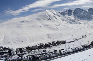 Encamp negocia poder doblar las pistas de esquí del Pas de la Casa