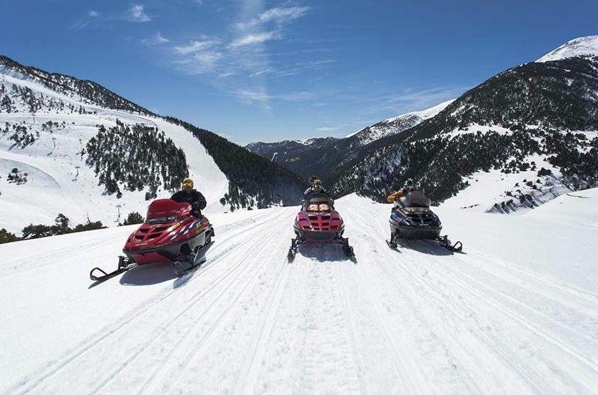 Motos, nieve y Vallnord, emoción y diversión asegurada