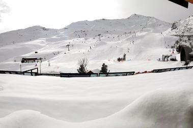 Cifras récord de afluencia en Pirineos 2 Valles gracias a las nevadas