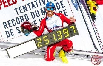 Bastien Montes se convierte en el esquiador más rápido del año