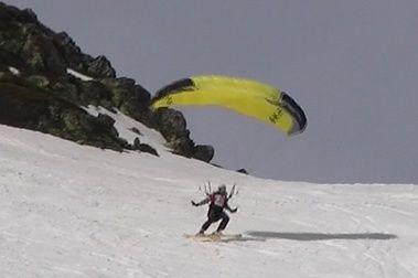 Speedriding = esquí + parapente
