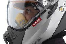 Ultramoderno casco para moto de nieve