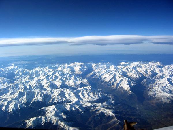 Pirineos en recuerdo a pirene leyenda griegra desde - Casa en el pirineo ...